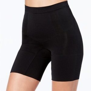 NWT Spanx Power Shorts in Very Black